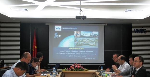 """Hội nghị tiền đấu thầu Gói thầu MS2-DATP3 """"Vệ tinh I, Thiết bị I và Đào tạo nhân lực"""" (Package 1 """"Satellite I, Equipment I, Capacity Development)"""
