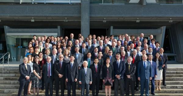 Các đại biểu tham dự phiên họp toàn thể lần thứ 29 CEOS