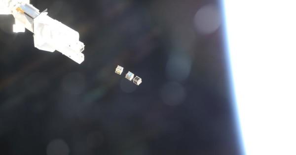 Vệ tinh PicoDragon phóng ra từ trạm vũ trụ ISS